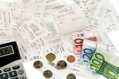 Manual or automatic management of travel expenses? More than time management